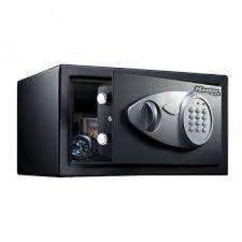 MASTER LOCK - MEDIUM SIZE SAFE X041ML - 540410112